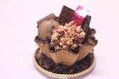 パフェ・ショコラ(いろいろなチョコレートのお菓子のパフェ風)